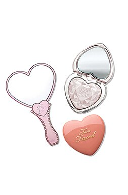 Love Light Highlighter Heart Gift Set